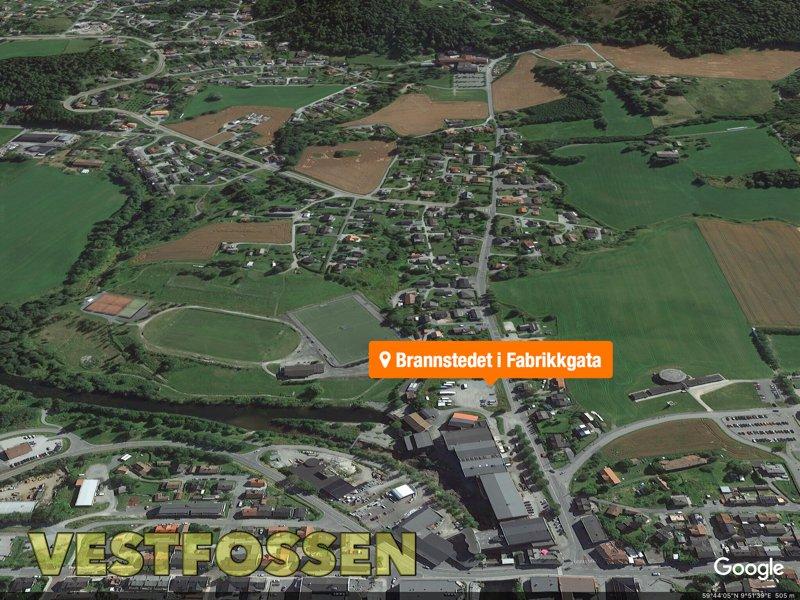 Vestfossen: Campingvogn totalskadet i voldsom brann 3