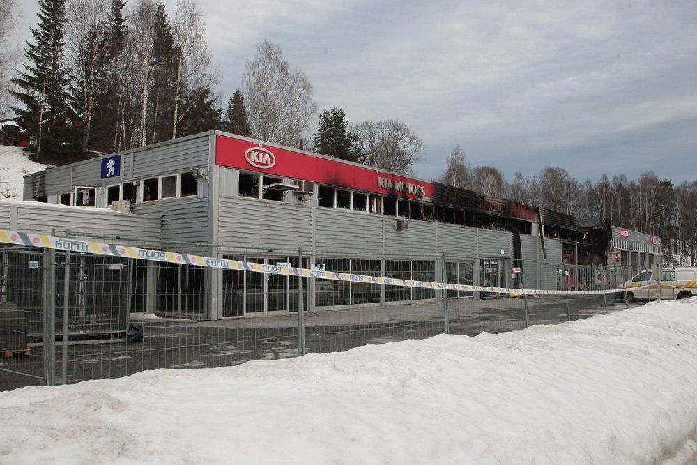 Hokksund: Røyken hadde knapt lagt seg før Bråtens Bilco igjen viste muskler 5
