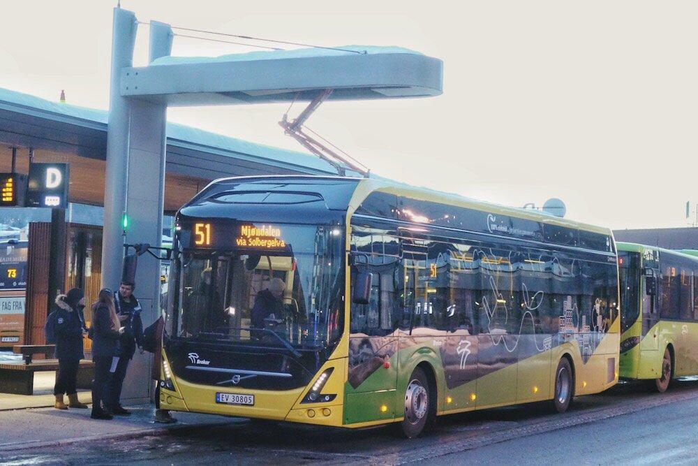 Elbusser settes inn i rute mellom Drammen og Mjøndalen i dag 3