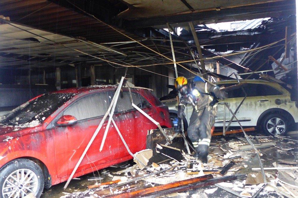 Hokksund: Røyken hadde knapt lagt seg før Bråtens Bilco igjen viste muskler 3