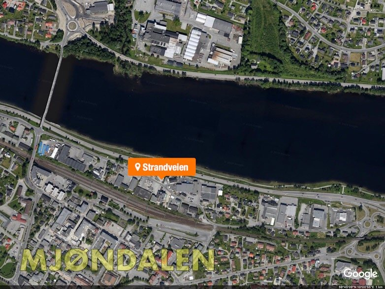 Mjøndalen: Kvinne reddet ut av brennende leilighet i Strandveien 3