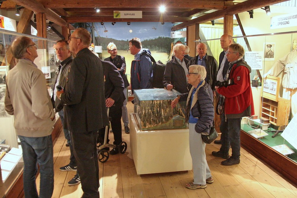 Forsvarsministeren på Fossesholm: Veteran møtte veteraner 2