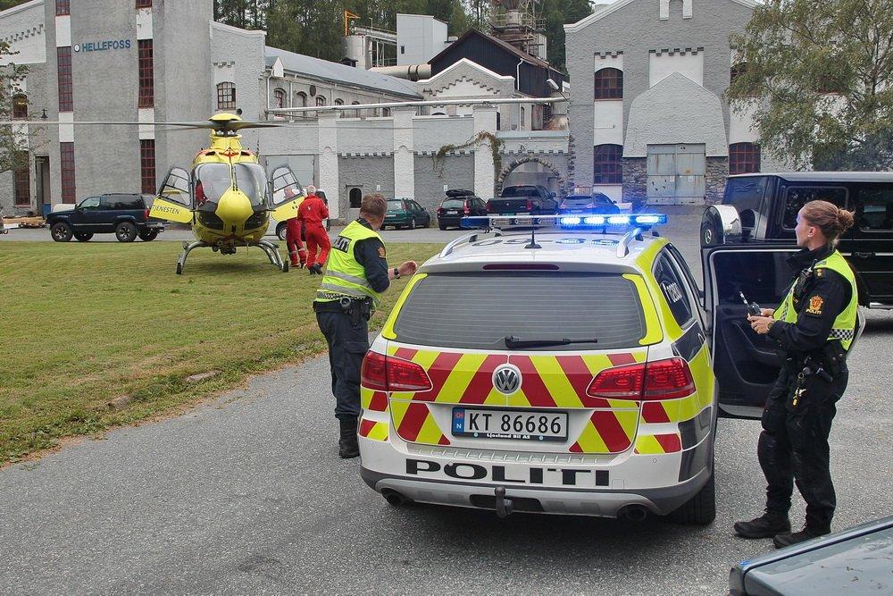 Hokksund: Mann satt fastklemt i kran 22 meter over bakken 1