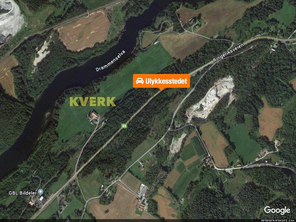 Personbil frontkolliderte mot lastebil: En mann bekreftet omkommet ved Kverk 5