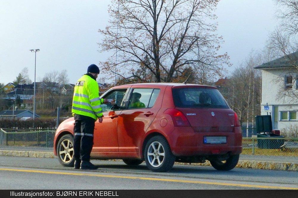 Nok en fartskontroll foran Darbu skole - denne gangen med førerkortbeslag 1